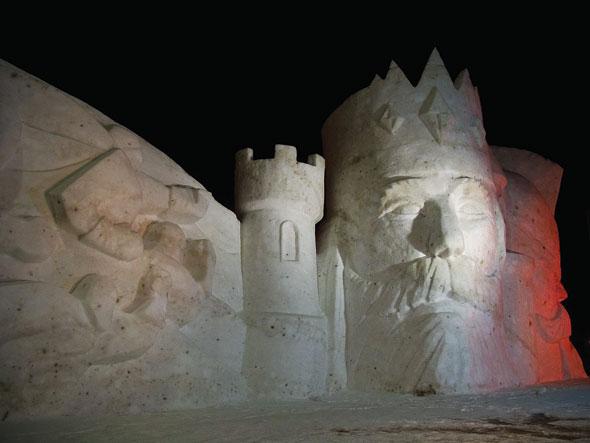 outdoor ice sculptures