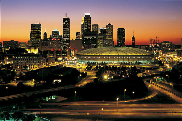 the Minneapolis skyline at dusk
