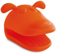 a silicone potholder shaped like a dog's head