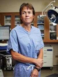 Dr. Laura Schrag