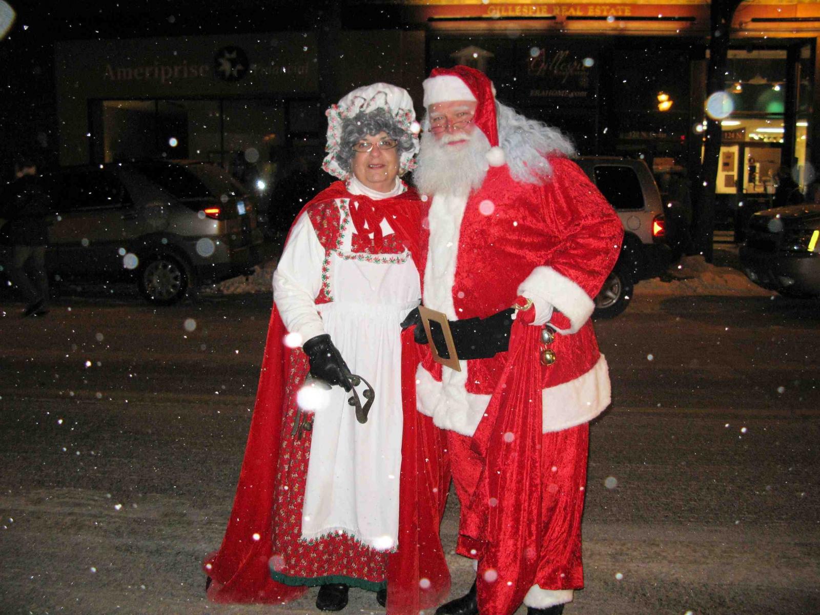 Owatonna Holidays with Santa