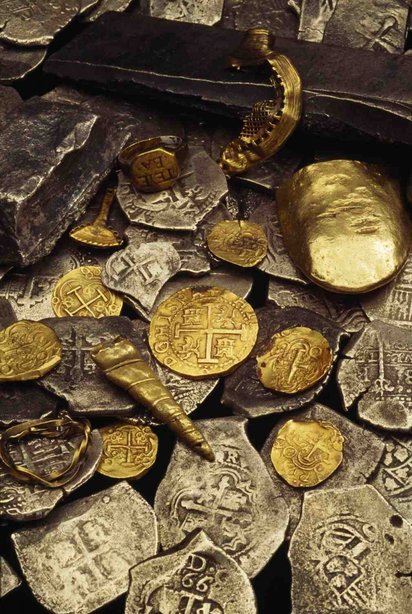 Real Pirates exhibit, Science Museum of Minnesota, gold coins