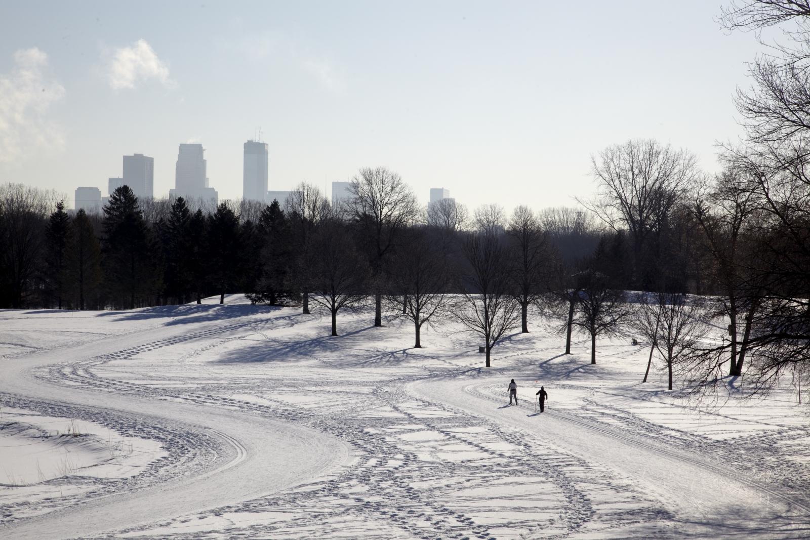 Minneapolis cross country skiing