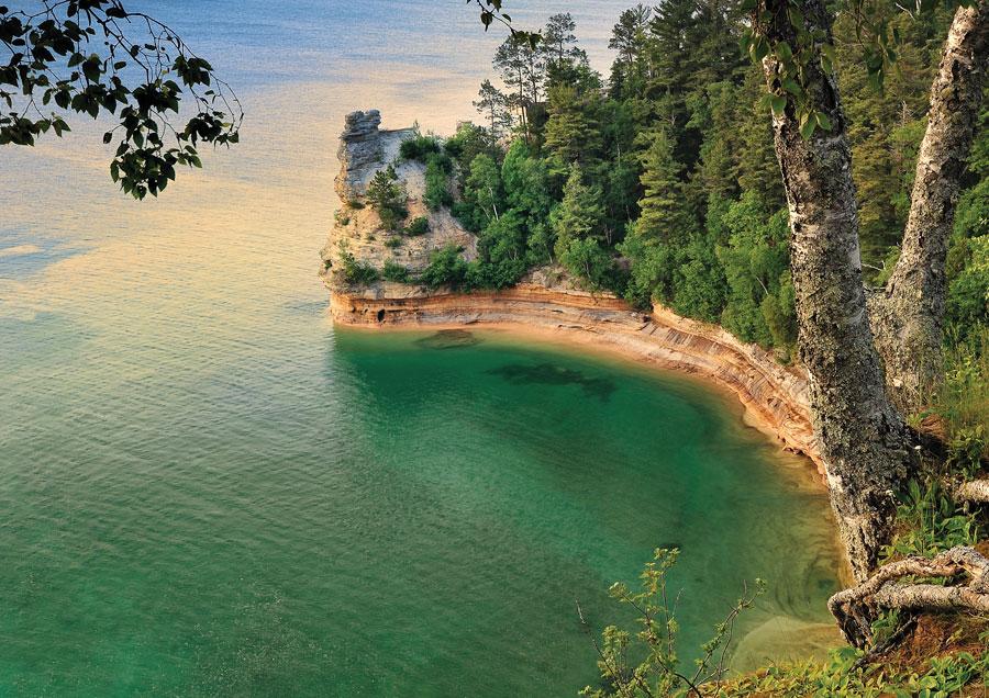 miners castle, pictured rocks, minnesota travel, lake superior