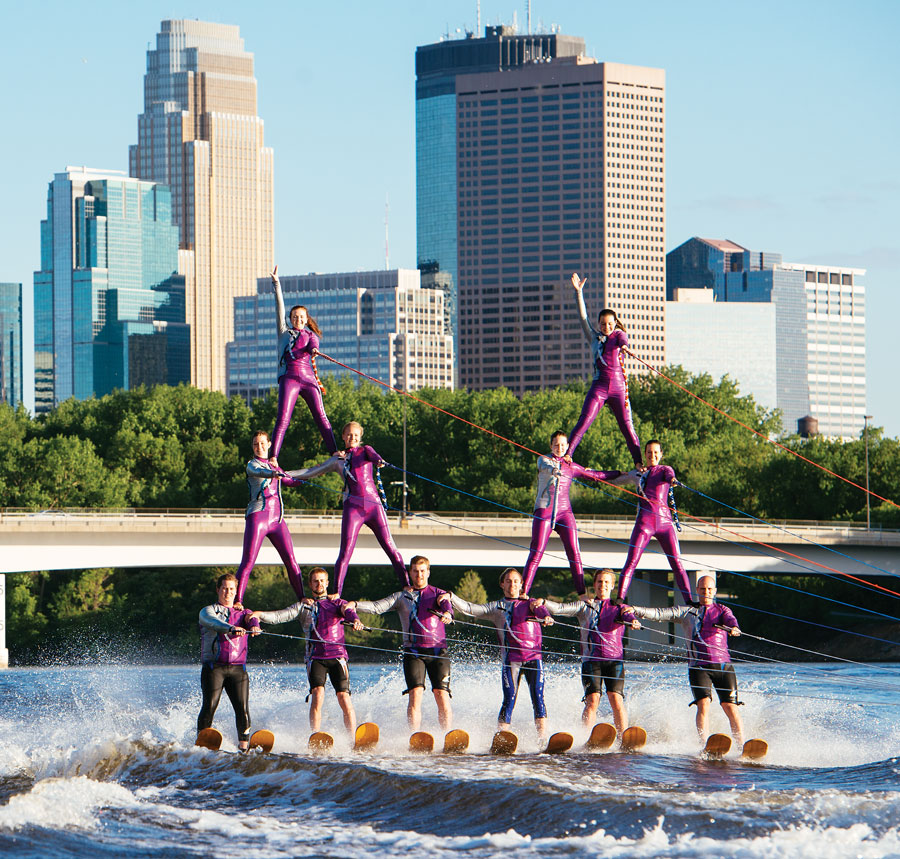 waterskiing, the river rats
