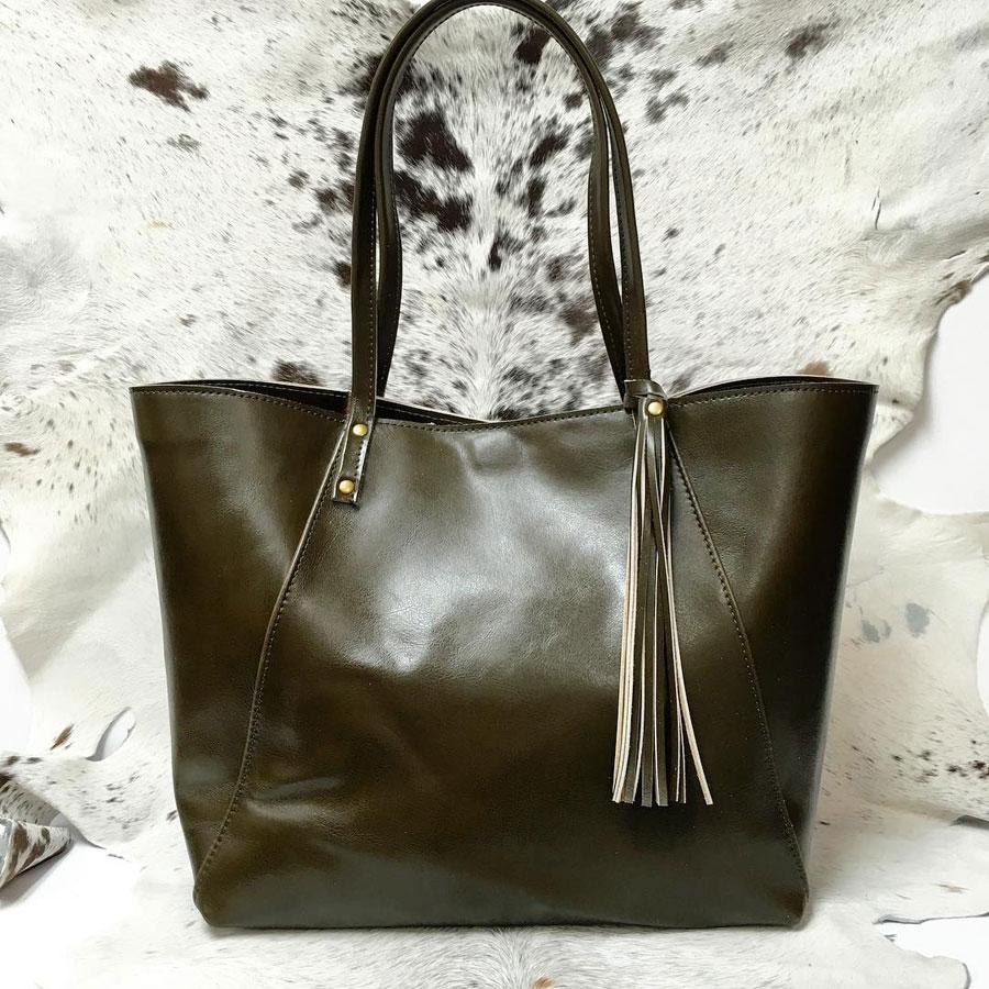 angela valentine handbags, local designers, in style, best handmade handbag award, new ulm, shopping