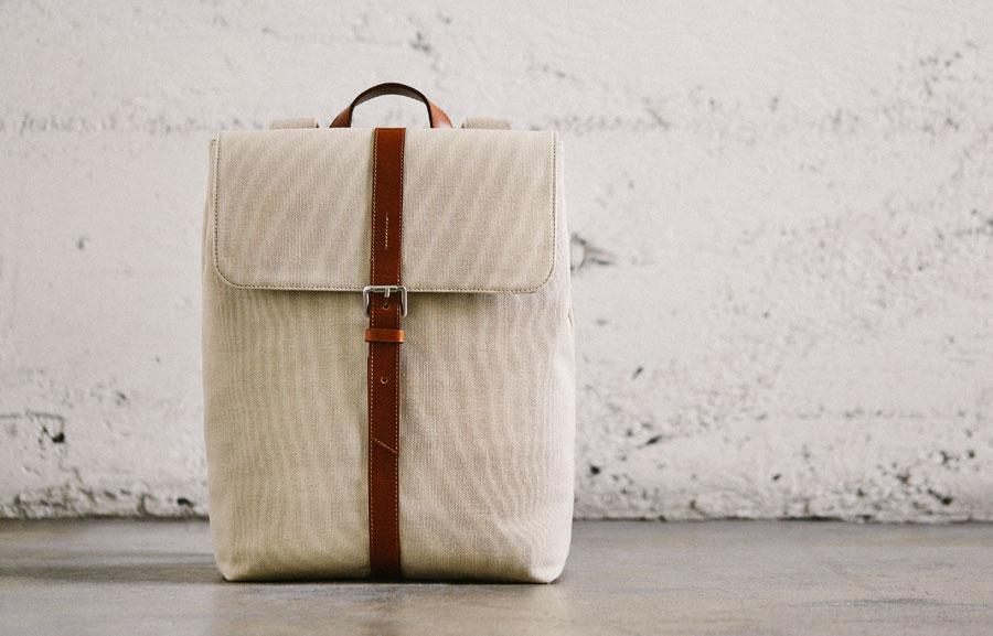 Oliver Cabell, backpack