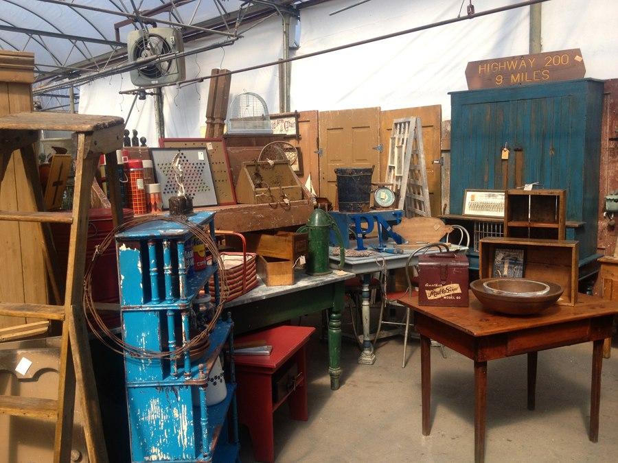 Antique sale, A Gathering of Friends Antique Market, Bachman's