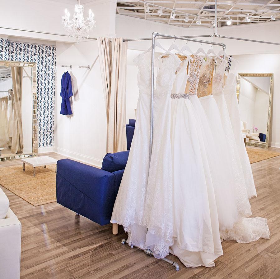 bridal, shopping, style, weddings, wedding dresses, designer gowns, annie corbin, kate applebaum, monique lhuillier, priscilla of boston, scandanavian, reem acra, marchesa, galia lahav, minneapolis