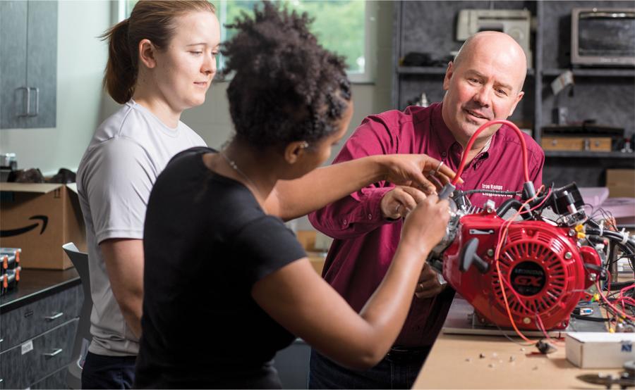 Ron Ulseth teaching students.