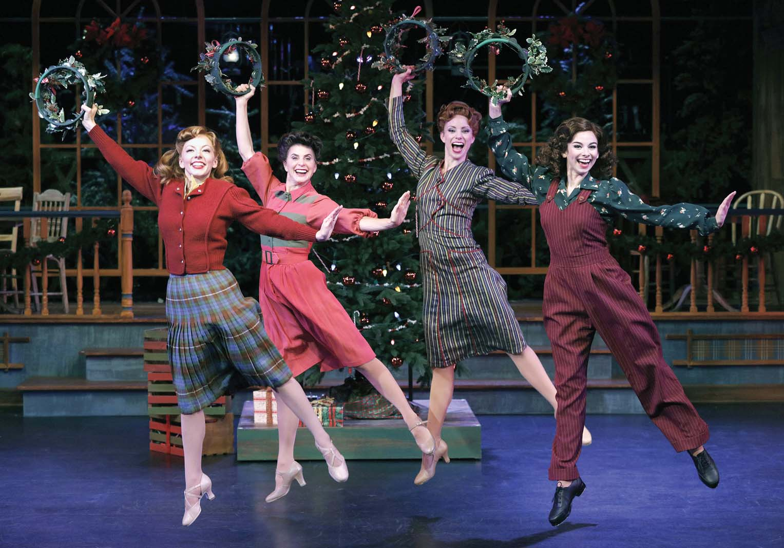 A production of Irving Berlin's Holiday Inn at Chanhassen Dinner Theatres.
