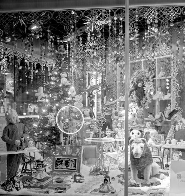 1950s Dayton's Christmas Window Display