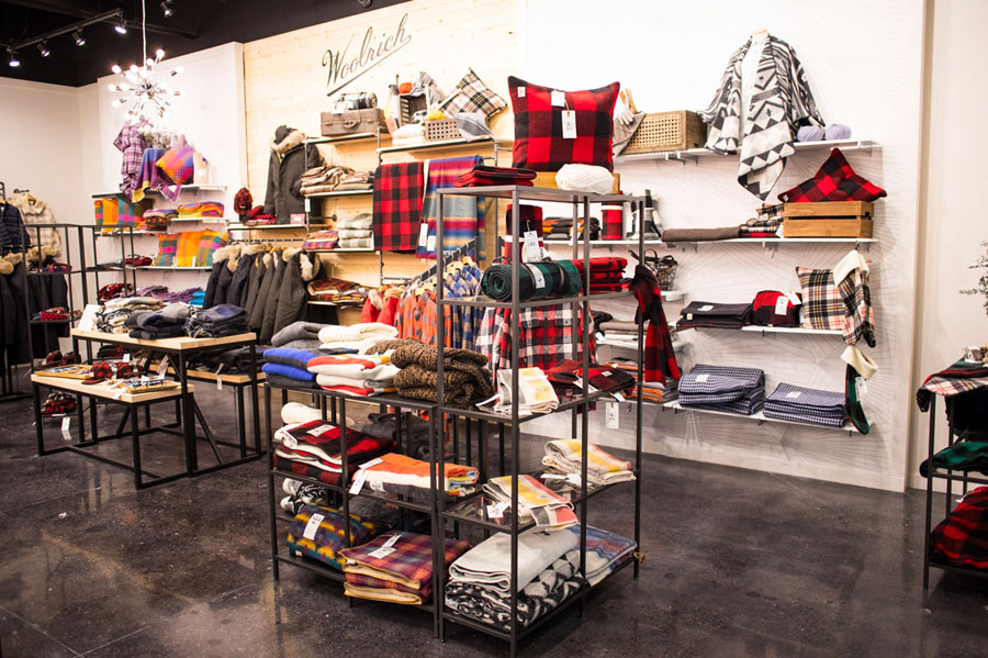 Debut, Mall of America, Woolrich