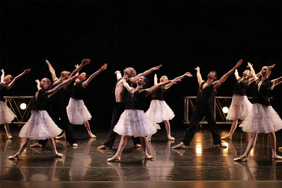 A performance by Minnesota Dance Theatre.