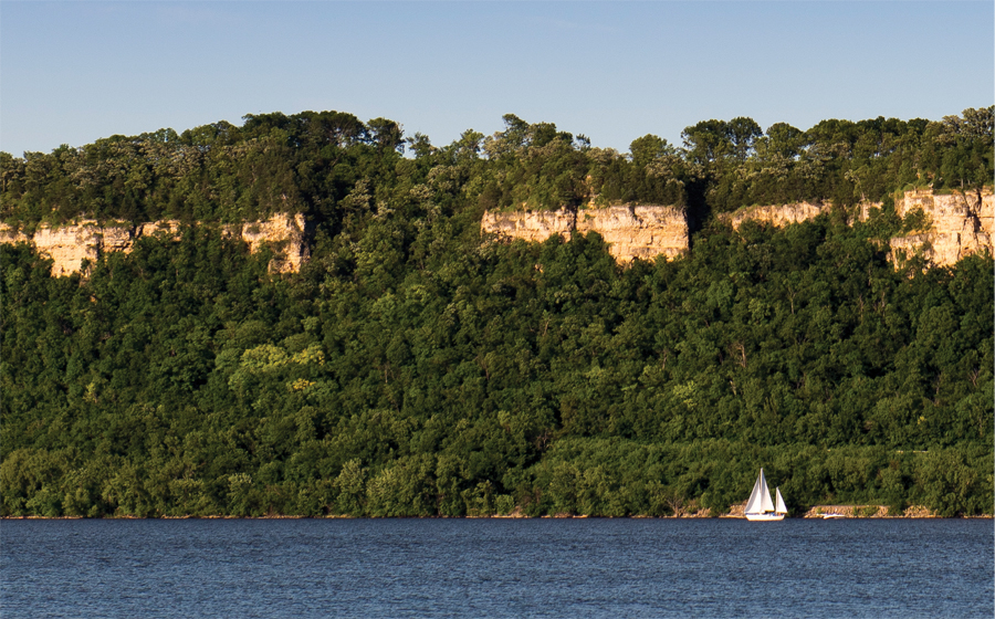 The Mississippi River at Frontenac State Park.