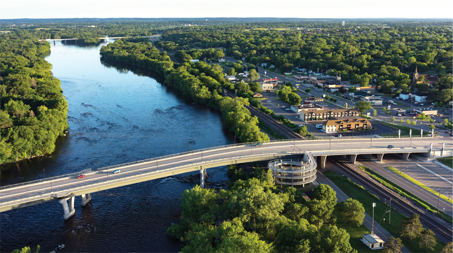The Mississippi River flowing through St. Cloud.