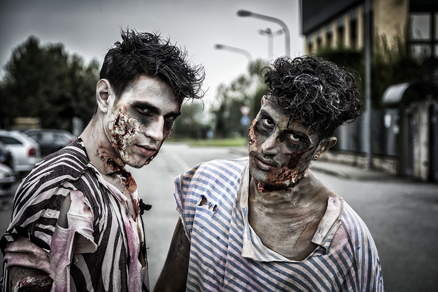 Two zombies at the Zombie Pub Crawl.