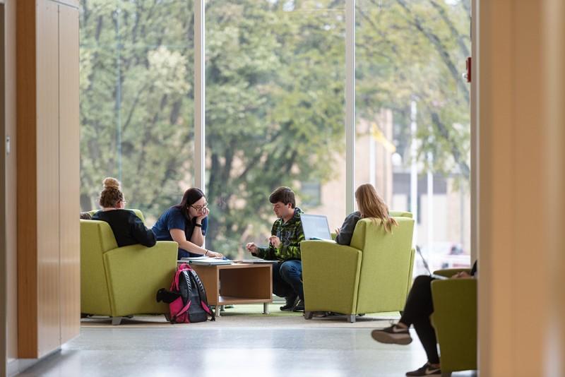 NDSU_181016_Fall-Campus-82_X