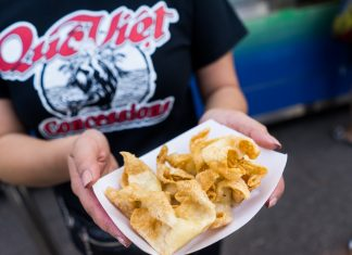 Cream cheese wontons at Que Viet Concessions