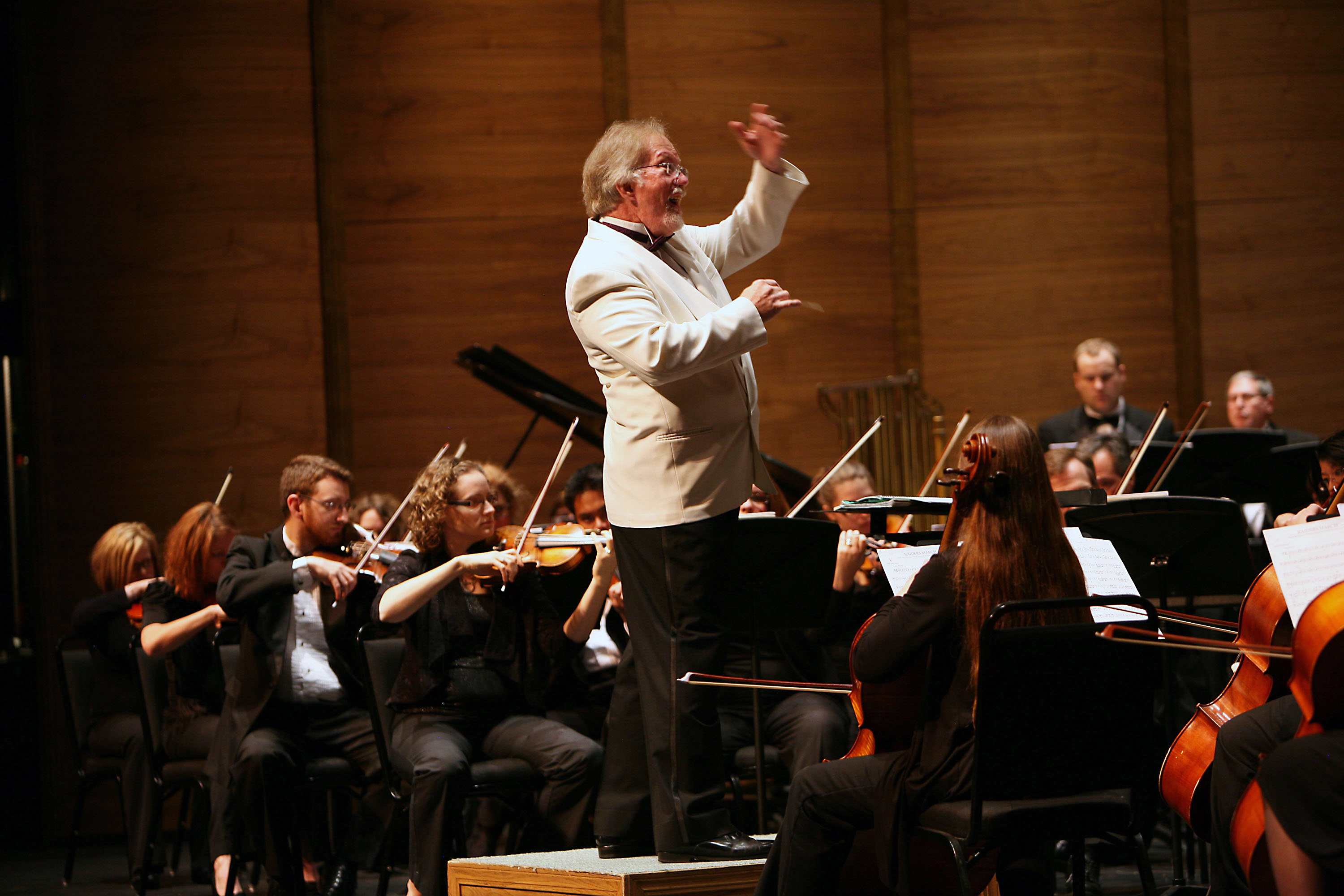 Dakota Valley Symphony and Chorus perform at the Ames Center