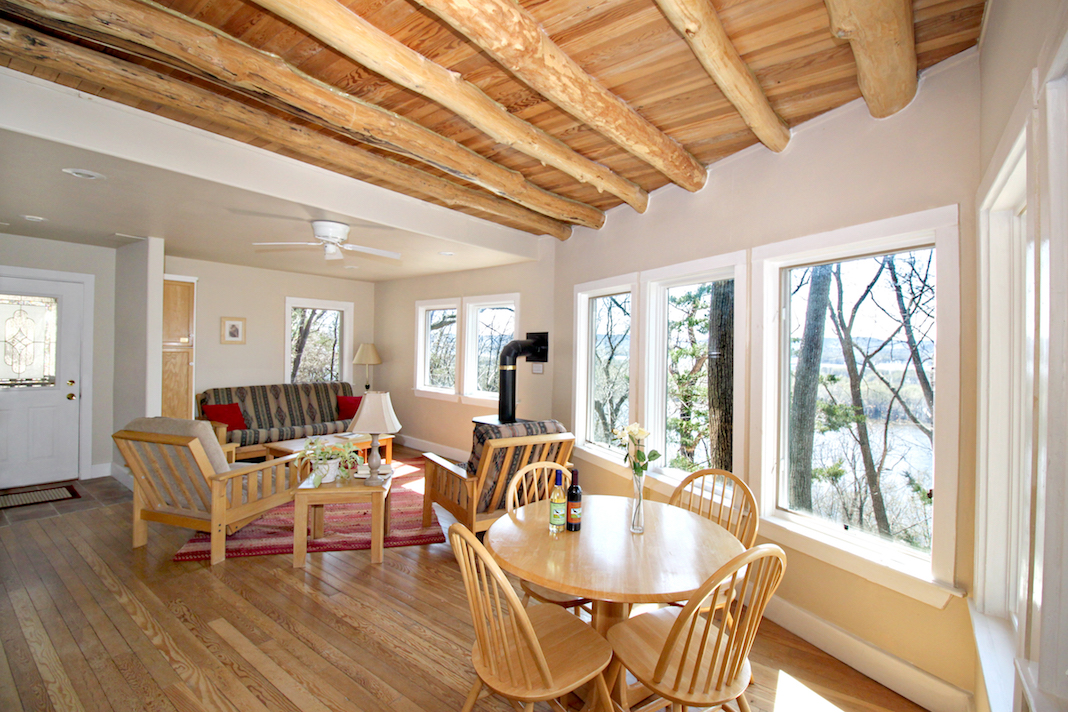 Hawks View Cottages in Fountain City is the perfect getaway anytime of year