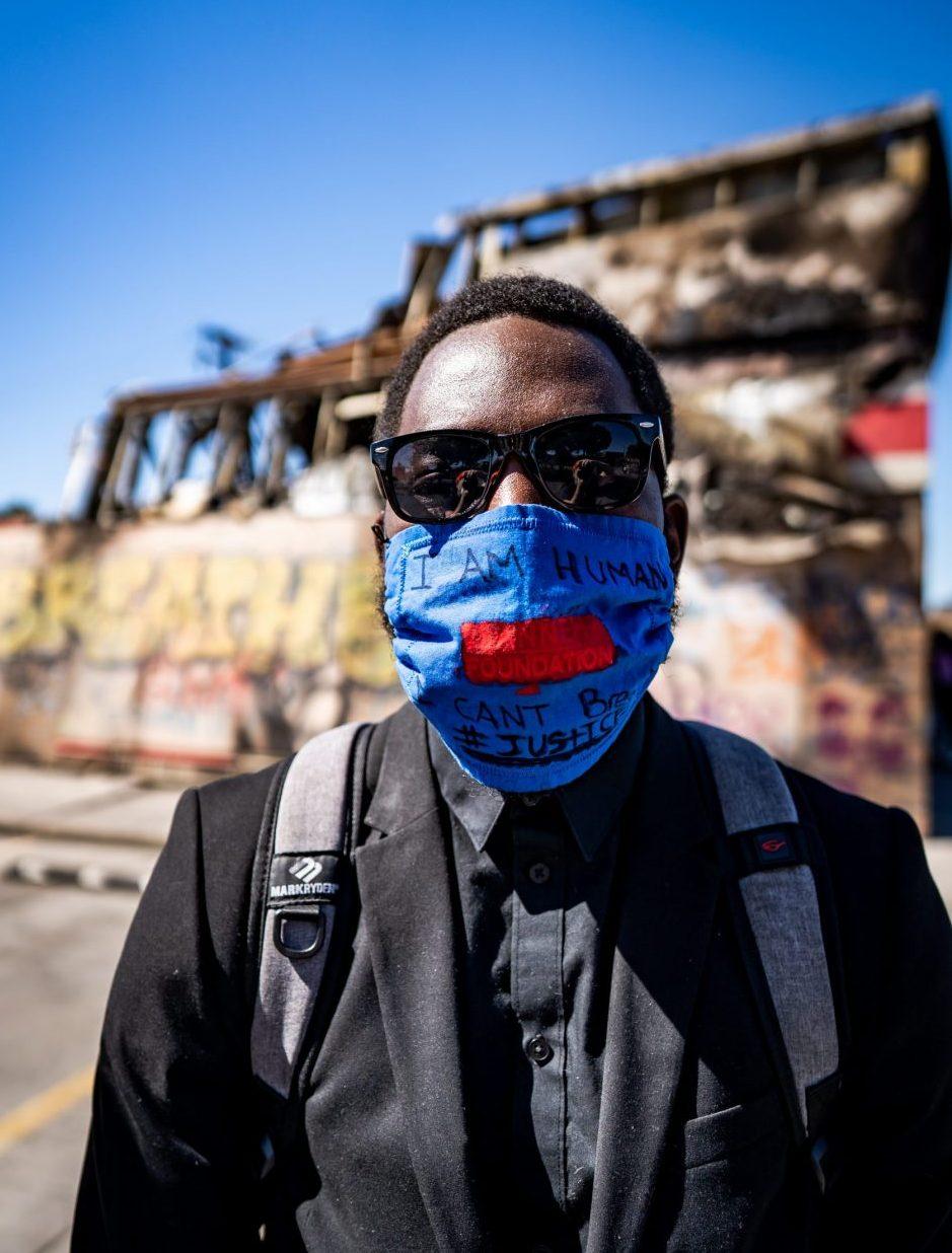 Martin Kambaki protests amid the pandemic