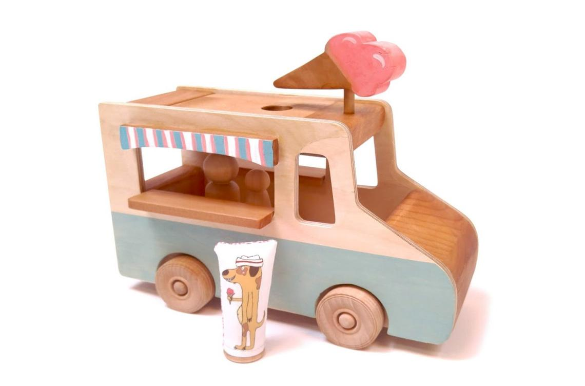 Mod Playhouse toy ice cream truck
