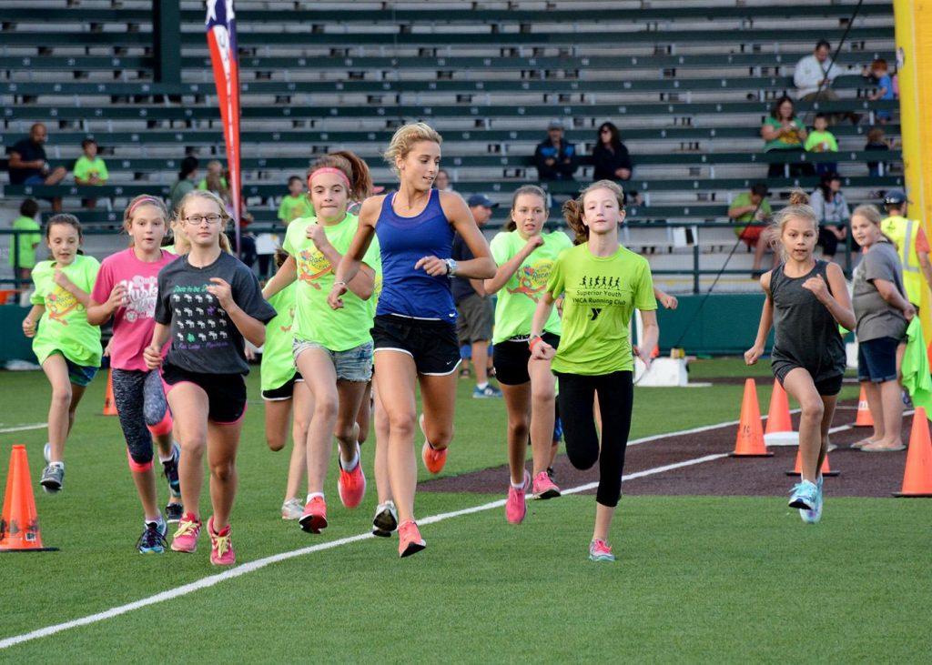 People running in the Fit n Fun Run